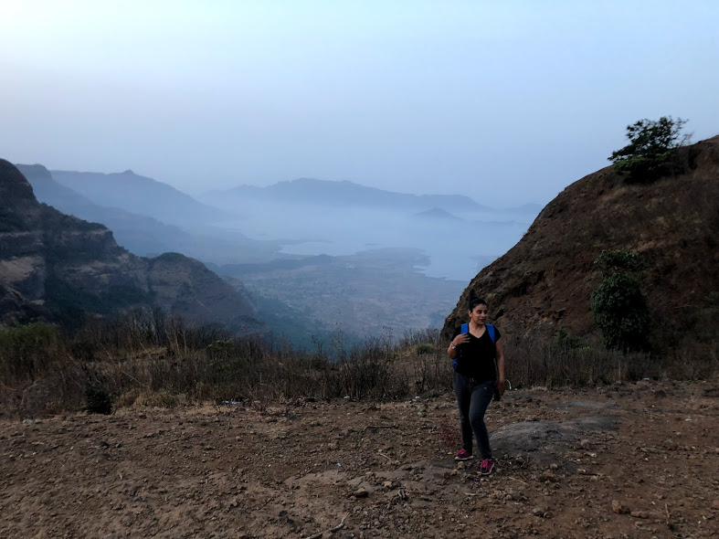 Midnight Trek To Harishchandragad Fort | Spirited Blogger