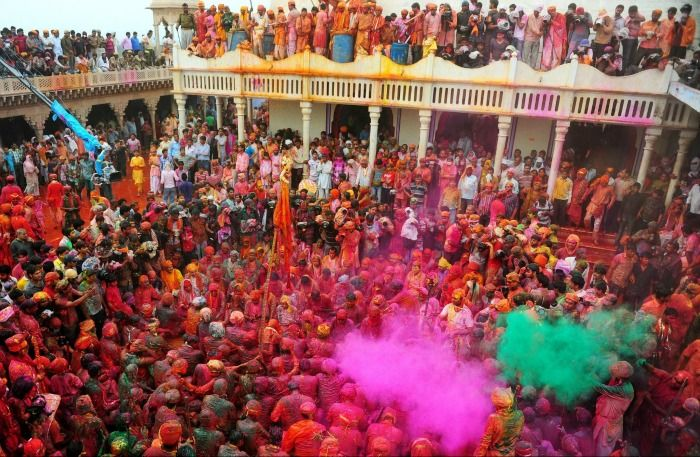 Holi Blog - Spirited Blogger